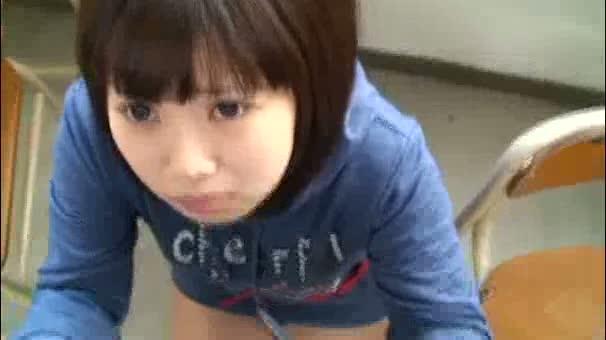 【JS パイパンロリ動画】小○生の処女の幼女達がち...